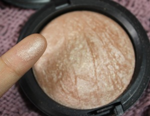 MAC Soft & Gentle Swatch